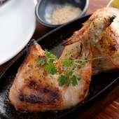 遠赤外線でじっくり焼いた『丸鶏の石窯焼き』