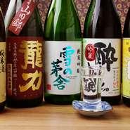 「味」と「香り」の2つの軸で、肉料理に合う「熟酒」や野菜料理に合う「薫酒」など、日本酒を4つのタイプに分類しています。【大原女】がよりすぐる地酒は、料理長が手がける全ての和食との相性が抜群です。