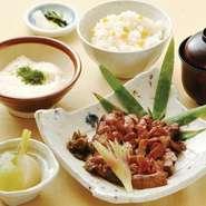 小鉢 厚切り牛タン炙り焼 南蛮味噌添え ご飯 香の物 シジミ汁