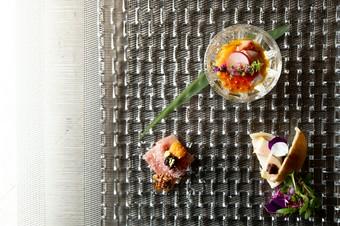 当店の「煌 Kiramekiコース」では、こだわりの特選フィレ肉をはじめ自慢の一品をお楽しみ頂けます。