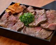 シャトーブリアンの間近の肉を使用し、150gのボリュームあるステーキに。