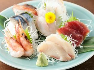 早川漁港直送の鮮魚を満喫『刺身5点盛り』