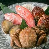 創業90余年を誇る鮮魚店直営ならでは。自然が育んだ海の幸を堪能
