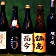 イタリアンに合う日本酒を全国の名蔵元から厳選。「新政」「風の森」「磯自慢」など、常時50種ほどの銘柄が揃い、レア酒も多数。コース料理に合わせて楽しめる、『日本酒ペアリングコース』全6杯も人気です。