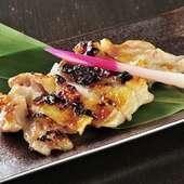 3晩かけて仕込まれる地鶏の深い味わいがたまらない『地鶏西京焼き』