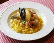 越谷産コシヒカリの美味しさに魚介のうまみを優しく添えたマンマの味