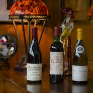 ブルゴーニュを中心としたフランス産のワインのみをセレクト