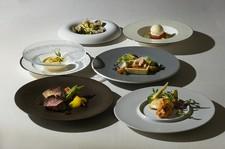 一切の動物性食品を使用せず、 豆類、野菜、フルーツをメインとしたメニュー。