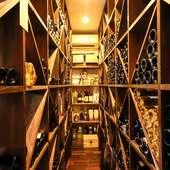イタリアもののワインのみ、約50種を用意