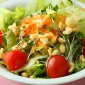 天かすのサクサク食感が楽しい『オタフク天華サラダ』