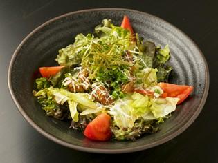 専属の野菜ソムリエが厳選した、「新鮮な旬の野菜」