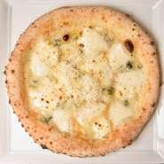 ・ローストビーフピザ お肉を200g使用した贅沢ピザ!