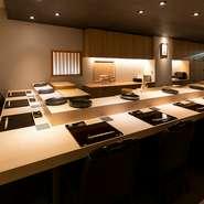 誰もが利用してみたい、江戸前鮨のカウンター席