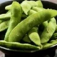 御膳価格:1530円 天婦羅+ごはん、小鉢、お味噌汁、ミニフルーツ付  季節の新鮮な素材を職人が天婦羅に仕上げました。サクッとした食感と旬の味覚をご堪能下さい。