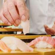 職人が握ったばかりの上質な寿司が楽しめるビュッフェはイベント時限定。 お知らせ等を要チェックです。