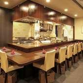 半個室風の落ち着いたテーブル席は、接待や会食などにおすすめ