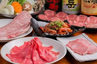 九州圏内の美味しい和牛も含め、その時に美味しい食材を厳選