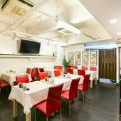 本格料理と上質な空間、落ち着いた雰囲気の店内