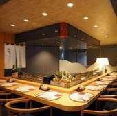 旬の寿司を落ち着いた空間で味わえる