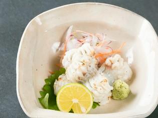 ぶりっとした食感が特徴的『瀬戸内海活地穴子のたたき』