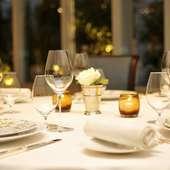 美食家たちをゲストに招き、ホストとしての自信が満ちる