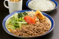 昔ながらの洋食店の味を渋谷で楽しむ。創業から変わらぬ味『ポーク生姜焼き定食』