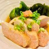 新鮮な魚貝類を使った『旬のお刺身五点盛り』(2~3人前)