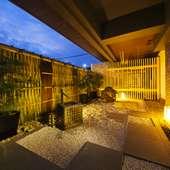 風流な南禅寺垣で囲まれた庭園のある、密やかな隠れ家