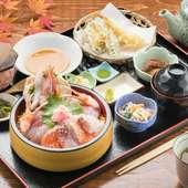 旬の魚介をたっぷりいただく『特選海鮮丼・天ぷらセット』