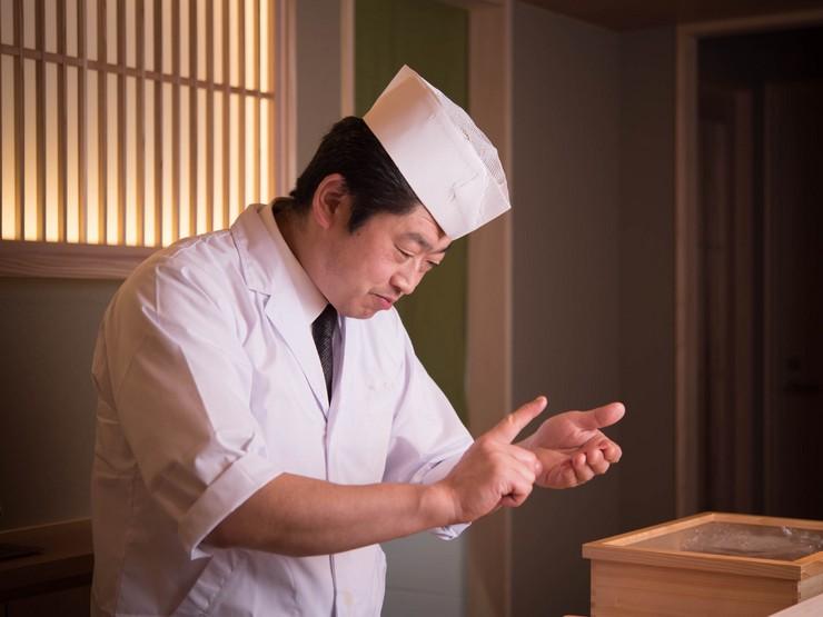 寿司もお酒も空間も。満足いただけるひと時を演出