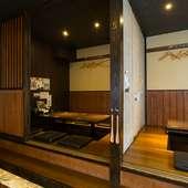 人数に応じて個室の広さを変えられる。宴会にはうってつけ!