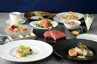 地元産の食材にこだわり厳選した季節替わりの美食コース