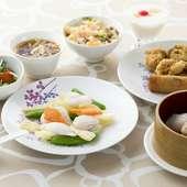 Lunch set(サラダ、スープ、フリードリンク付き)