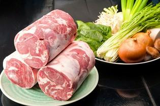 北海道産の新鮮な野菜、ニュージーランド産の上質なラム肉