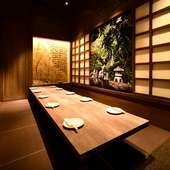 掘りごたつでゆったりと寛げる、扉付きの完全個室