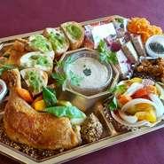 通常の惣菜オードブルをグレードアップ 本日のおすすめのお肉料理が入ります。 一番人気!