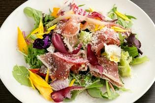 新鮮な野菜がたっぷり味わえるイタリアン