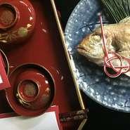 お子様の100日をお迎えになるお目出度い日に「お食べ初め」という儀式を行います。当屋では、大人様のお料理の他に、お子様の「お食べ初め膳」ご用意させて頂きます。(ベビー布団もご用意致します。)