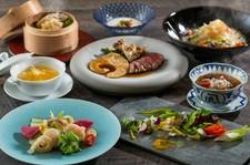 前菜から麺・飯類まですべてふかひれの入ったコース料理です。