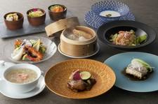 お好みのスープ、メイン料理、麺飯料理、デザートが選べるコース。