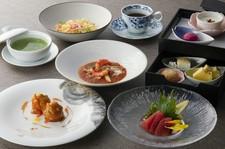 沙山華料理長がおすすめする創作中国料理。 月毎にメニューが変わり「旬×沙山華の味」を楽しめます。