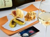 写真例、いちじく、ズッキーニ(タプナードソース)、とうもろこし&もずく