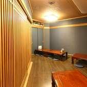 和モダンな内装でまとめられた、居心地の良いくつろぎの空間