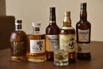 国産をはじめ、世界各国のウィスキーも充実