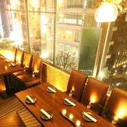 間接照明が映えるスタイリッシュ空間で、合コンを盛り上げてくれる飲み放題付きコースも種類豊富にあります!完全プライベート個室なので、周りのお客さんを気にすることなくお楽しみ頂けます♪