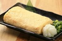 ご注文頂いてから焼き上げるアツアツふわふわな出汁巻き玉子をご賞味あれ。