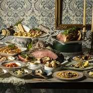 ヨーロッパの人気料理と春野菜をふんだんに使った国際色豊かなメニューが登場。デザートは開催中のいちごのデザートビュッフェから人気のスイーツをお召し上がりいただけます。
