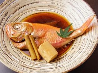 美味しい魚は寿司だけでなく、様々な料理にして提供