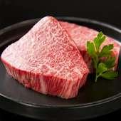 ベスト・オブ・ベスト。熟成肉の旨みにうなる『和牛特選ヒレ(写真は2人前)』