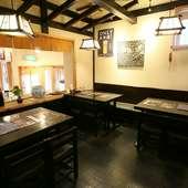 何と! 板前が部屋にお伺いして、目の前で寿司を握ります。